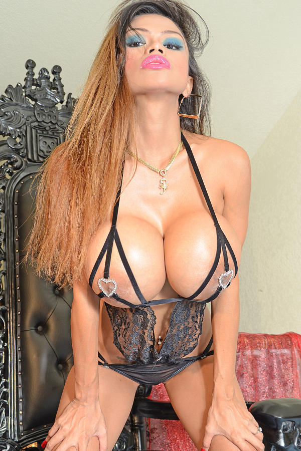 Cyber Angel Armie showing her mega tits