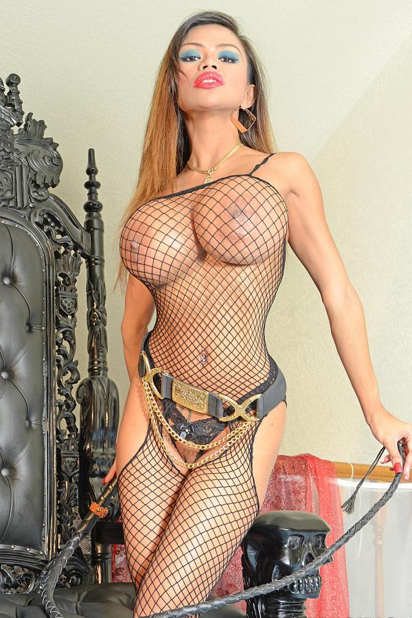 Cyber girl Armie in fishnet