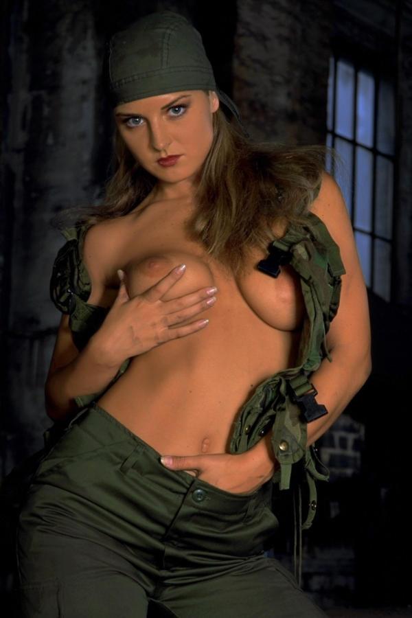Cyber Angel Silvie Spears gun